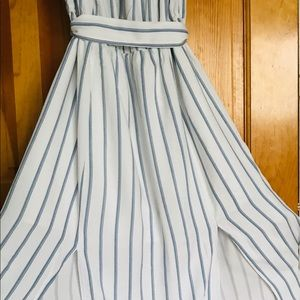 Forever 21 Dresses - Forever 21 Contemporary Dress L